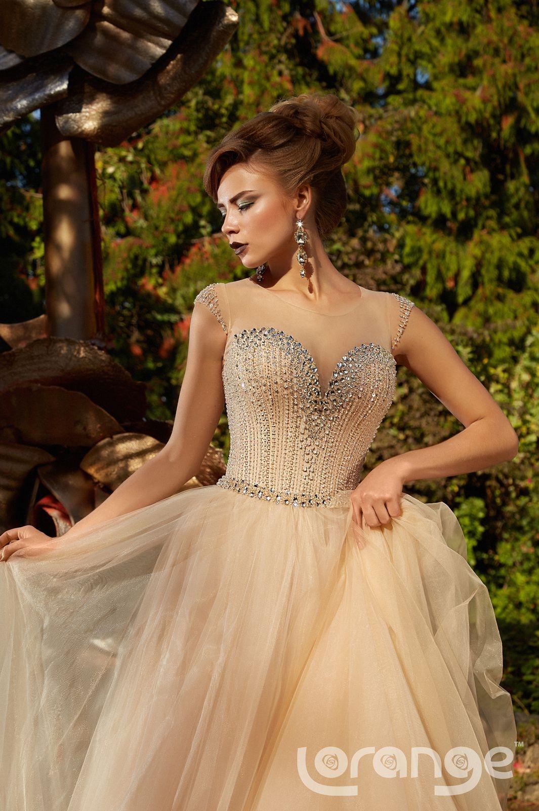 Вечерние платья на свадьбу: топ-7 фасонов - много фото